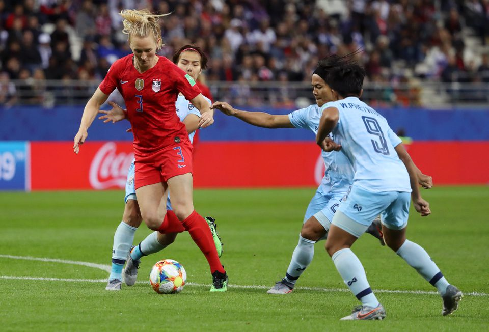 Sam Mewis Scores 2 Goals in World Cup Debut !